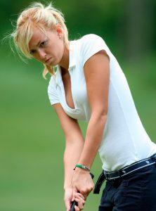 Sophie Horn es otra de las estrellas del golf femenino en cuanto a belleza y sensualidad más que por su juego
